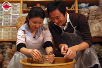 Ceramic Experience on Pottery Wheels for Two
