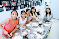 Kids' Bungee and Bread Baking Workshop