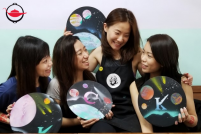 Private Galaxy Spray Painting Workshop For Two